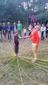 Ben de Vries is docent, maker en begeleider van het Zonnestralenspel